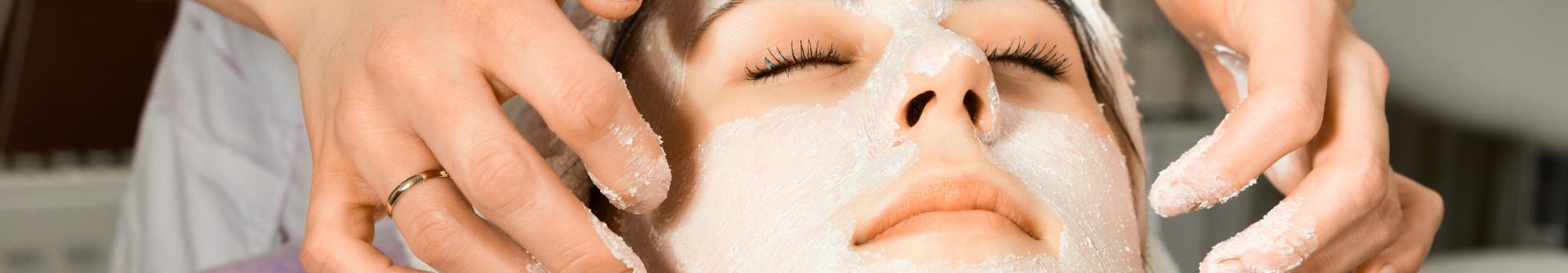 epäpuhdas-iho-kosmetologi